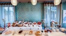 Alexis hotel breakfast buffet